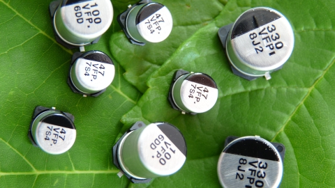 Panasonic: V-FP/V-FT Series Low ESR SMD Aluminum Electrolytic Capacitors